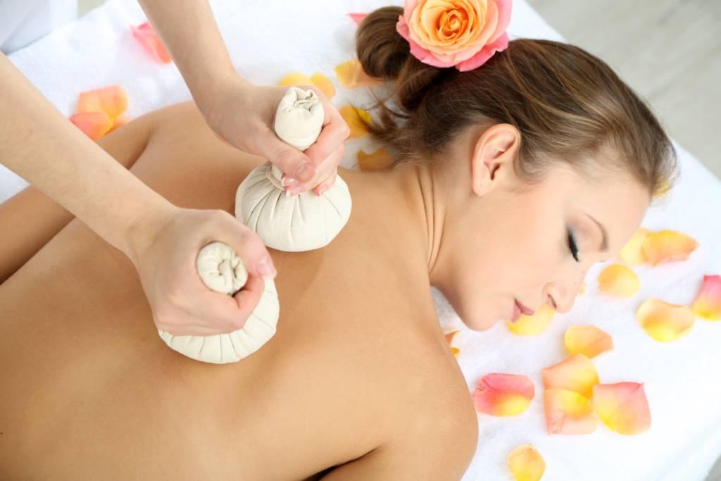 Image massage aux pochons