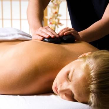 Le massage pierres chaudes Siddarta, tout près de Colmar